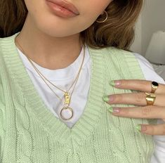 Mode Outfits, Trendy Outfits, Fashion Outfits, Style Fashion, Vetement Fashion, Accesorios Casual, Green Nails, Fashion Killa, Aesthetic Clothes