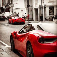#ferrari #cars #supercars #sportcars #regentstreet #myfair #luxury #london  #londonlife #carporn