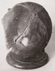 Four-panel hat from Moscevaja Balka. 8th-9th cent. Alanic. Picture from A.A. Ierusalimskaja, Die Gräber der Moshchevaja Balka. The accompanying text indicates that it was a girl's cap and contained remnants of fur trim/lining