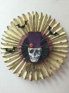 Sizzix die cut Brenda Walton Tim holtz Eileen hull mixedmedia Halloween decor homedecor scrapbooking crepe paper paper mart