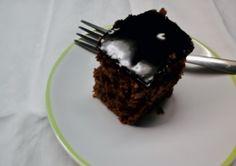 Bolo de Chocolate sem glúten e lactose. Bom de Comer by Nadia Cozzi
