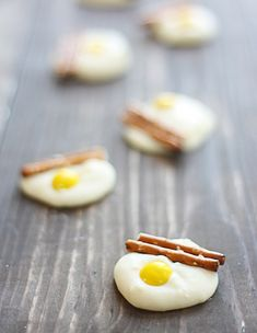 Eggs and Bacon (white chocolate, pretzels, and a yellow m&m)