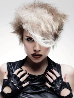Hair: Rush Artistic Team  Photo: Alessandro Cecchini