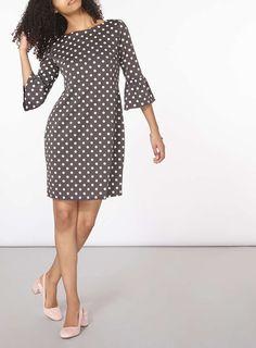 Grey polka dot dress with fluted sleeves from Dorothy Perkins New Dress Pattern, Dress Patterns, Dot Dress, Ladies Dress Design, Cute Dresses, Dresses Dresses, Chic Outfits, Fashion Dresses, Workwear Dresses