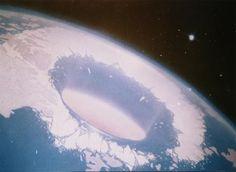 Otra Realidad Misterios y Conspiraciones: La teoría de La Tierra Hueca: Las pruebas son cada...