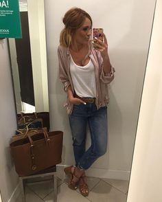 Instagram media by iranrodrigz - Buenas noches amorcitos!!! Para las que me preguntais, hoy llevo total look @zara y sandalias de Coolway para @chika10.footwear