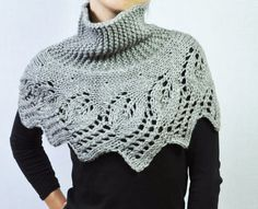 I really like the idea of this, I want to see if I can make something similar, but using my own lace or cable pattern for the edging
