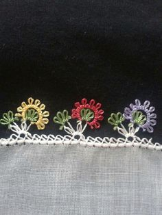 This Pin was discovered by Eme Needle Tatting, Needle Lace, Bobbin Lace, Cross Stitch Embroidery, Hand Embroidery, Crochet Unique, Japanese Embroidery, Tatting Patterns, Lace Making
