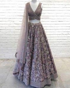 Top 15 Designer Bridal Lehenga for Wedding - Fashion Girls Indian Bridal Outfits, Indian Designer Outfits, Latest Designer Sarees, Designer Dresses, Lehenga Designs Latest, Ghagra Choli, Bridal Lehenga Choli, Lehenga Choli Designs, Bridal Sari