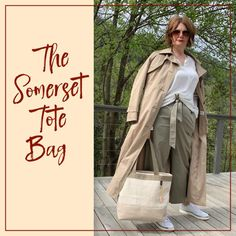 A roomy and practical but also chic handmade bag to elevate your look. 🕶In trendy neutral colours and sandproof lining. 🏖 Contact me for details, questions and preferences! ☎️ Neutral Colors, Colours, Beach Cottage Style, Parisian Style, Summer Activities, Handmade Bags, Feminine Style, Design Your Own, Casual Chic
