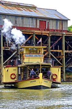 The Alexander Arbuthnot paddle steamer is one of the fleet of paddle steamers at Moana Uchuca the largest fleet of paddle steamers in the world. Melbourne Victoria, Victoria Australia, Murray River, Steam Boats, Paddle Boat, Jazz Festival, Boat Plans, Australia Travel, Steamers