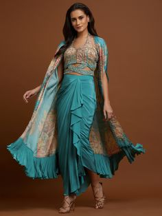 Dress Indian Style, Indian Fashion Dresses, Indian Designer Outfits, Indian Outfits, Fashion Outfits, Ethnic Outfits, Indian Clothes, Indian Wear, Designer Dresses