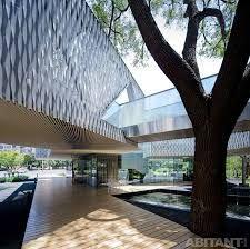 стеклянные переходы между зданиями