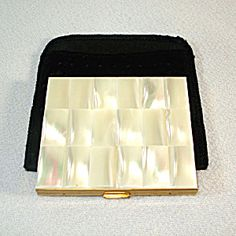 Schildkraut Mother of Pearl Compact. Click on the image for more information.