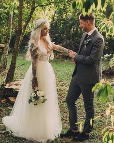 Wedding photography in Costa Rica by RAW Shoots . Tattoo Wedding Dress, Wedding Tattoos, Tattoo Bride, Tattooed Wedding, Wedding Goals, Dream Wedding, Wedding Day, Wedding Things, Wedding Reception