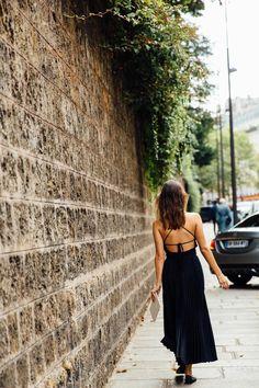 El escote en la espalda es el más sensual del mundo