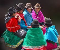 Ecuador, Quito, Peruvian Art, South American Countries, Mexico Culture, Art Poses, Photo Series, Folk Costume, People Of The World
