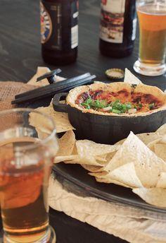 Gouda & Mushroom Beer Dip.... sooo good! {via My Daily Randomness}