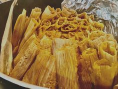 Pork Tamales, Sweet Tamales, Authentic Spanish Recipes, Authentic Mexican Foods, Authentic Tamales Recipe, Spanish Food, Mexican Spanish, Spanish Cuisine, Homemade Tamales