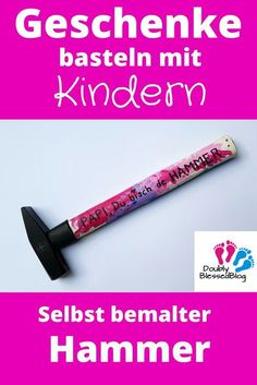 Geschenke basteln mit Kindern – Selbst bemalter Hammer Papas and Göttis are simply the heroes of the children! With this easy to tinker gift you can express it very cool A real men's gift for birthday, Father's Day or Christmas. Kids Birthday Crafts, Birthday Gifts, Presents For Men, Gifts For Dad, Christmas Gift For Dad, Christmas Crafts, Christmas Birthday, Halloween Crafts, Christmas Ideas