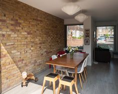 flowing space behind offset-gables side extension forms - midcentury end-of-terrace house - southeast London - Selencky Parsons - 2015 Council House Makeover, Council House Renovation, Gable Wall, London House, House Extensions, Residential Architecture, Home Projects, New Homes, House Design
