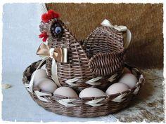 Sun Paper, Paper Art, Willow Weaving, Basket Weaving, Caswell Quilt, Cane Baskets, Diy Braids, Paper Weaving, Newspaper Crafts