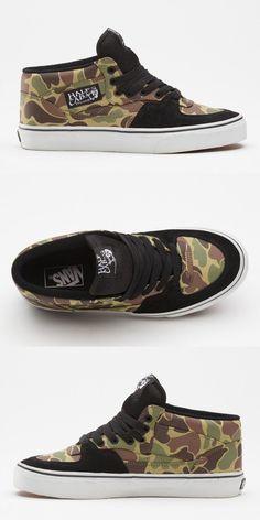 Vans | Classic Half Cab Skate Shoes - (camo) green