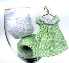 RESERVED_Miniature verde tejer vestido para 3.54