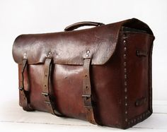AMAZING very old FRENCH real leather BAG - Shabby Chic.  via Etsy.