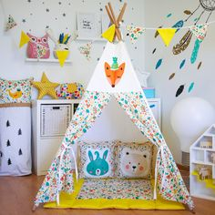 Read more about make a tent backyards Check the webpage to learn more. Teepee Play Tent, Diy Teepee, Teepee Party, Diy Tent, Whimsical Nursery, Rustic Nursery, Nursery Neutral, Nursery Decor, Kids Tents
