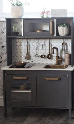 Either the price is one of the things you have to keep in mind, or not, there are enough IKEA kitchen design ideas here to inspire you into getting exactly what you want for your new or remodeled kitchen. We have found interesting takes on how you can redesign your kitchen with IKEA furniture and details, and how you can get them personalized for you to get a kitchen that feels more yours than something out of a catalog. Go ahead and take a look at the outstanding ideas we put together for you. Mini Kitchen, Rustic Kitchen, New Kitchen, Kitchen Decor, Kitchen Colors, Black Kitchens, Cool Kitchens, Small Kitchens, Ikea Kitchen Design