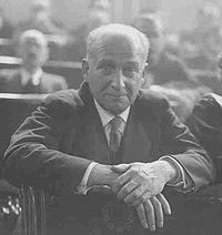 Francisco Largo Caballero (Madrid, 15 de octubre de 1869 – París, 23 de marzo de 1946) fue un sindicalista y político marxista español, histórico dirigente del Partido Socialista Obrero Español y la Unión General de Trabajadores. Durante la Segunda República Española fue Ministro de Trabajo (1931–1933) y Presidente del Gobierno (1936–1937).