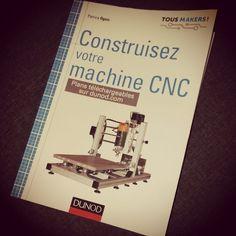 Jai découvert ce livre il y a quelque temps en traînant sur le web. Routeur Cnc, Diy Cnc Router, Cnc Wood, Cnc Plasma, Router Table, Woodworking Wood, Blog Maker, Machine Cnc, Laser Cut Screens