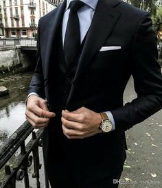 Terminologie de la mode masculine [An Easy-to-Read Visual Guide] - Menswear Terminology [An Easy-to-Read Visual Guide] Style – formel Tuxedo Wedding, Wedding Suits, Wedding Tuxedos, Mens Fashion Suits, Mens Suits, Vest And Tie, Designer Suits For Men, Groomsmen Suits, Herren Outfit