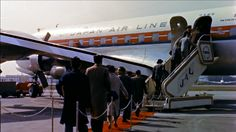 960436716-japan-airlines-douglas-dc-6-douglas-aircraft-company-red-carpet.jpg (960×540)