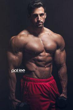 Andy-Velcich-Masculine-Desire-Pat-Lee-Burbujas-De-Deseo-010
