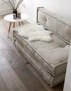 French Mattress Cushions 5 Ways - homestilo