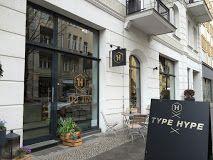 rosa luxemburg platz old world feel in berlin from 71 per night berlin pinterest rosa. Black Bedroom Furniture Sets. Home Design Ideas