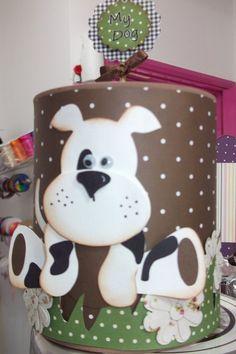 Lata de alumínio revestida em papel com decoração personalizada. Há outros bichinhos além de cachorro: gato, leão, girafa, elefante, urso, ovelha, vaca, galinha, patinho e outros. Ideal para decorar as mesas em aniversários, batizados, chá de bebê. Ou mesmo como embalagem para um presente original. R$14,90