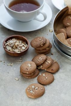 Amaretti Almond Cookies on gourmandeinthekitchen.com