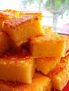 The recipes back home: Simple orange Quadradinhos Portuguese Desserts, Portuguese Recipes, Portuguese Food, Delicious Desserts, Dessert Recipes, Yummy Food, Homemade Cakes, Yummy Cakes, Food Inspiration