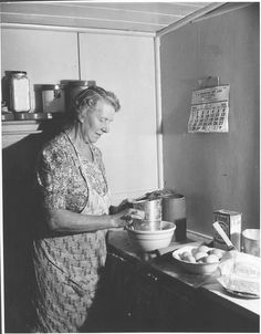 Mrs Robert Wharton making a cake in her kitchen, Drouin, Victoria, 1945. | Flickr - Photo Sharing!