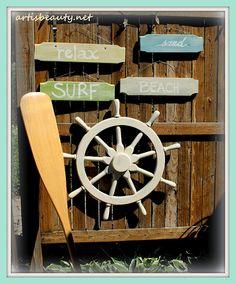 DIY Idea: Beach Signs Made from Dumpster Dive (Old wooden ladder rungs) Coastal Cottage, Coastal Decor, Coastal Entryway, Coastal Furniture, Modern Coastal, Coastal Farmhouse, Cottage Chic, Cottage Style, Rustic Decor