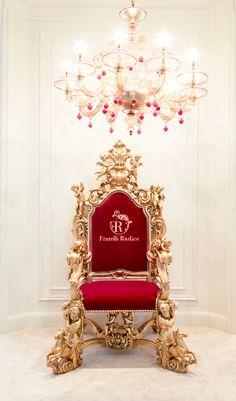Throne by Fratelli Radice #throne #trono #трон #trône