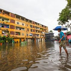 Flooding in Colombo after heavy rain (20160516)