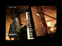 MITSUKO UCHIDA Mozart Piano Sonata in D major K.576 - YouTube
