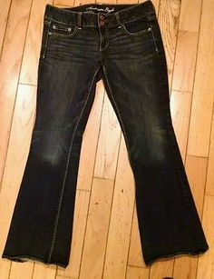 Womens AMERICAN EAGLE ARTIST Jeans Size 10 R Stretch