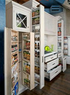 And you were worried a small kitchen didn't have storage? 16 Highly Functional Space Saving Ideas For Your Tiny Home homesthetics small kitchen furniture Kitchen Pantry Design, Smart Kitchen, Kitchen Organization, Pantry Storage, Organized Kitchen, Organization Ideas, Hidden Storage, Awesome Kitchen, Storage Cabinets