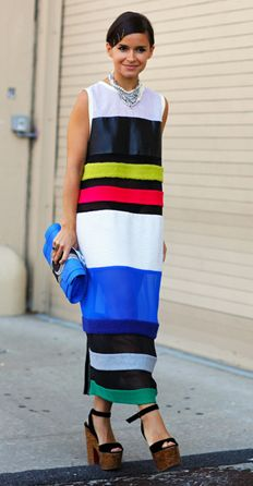 Miroslava Duma in amazing bold stripe maxi . Stripes In Streetstyle Miroslava Duma in amazing bold stripe maxi . Stripes In Streetstyle Miroslava Duma, Estilo Gossip Girl, Mira Duma, Stripes Fashion, Looks Vintage, Mode Outfits, Look Chic, Mode Style, Street Chic