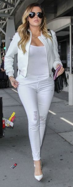 Airport bound: All-white summertime style.